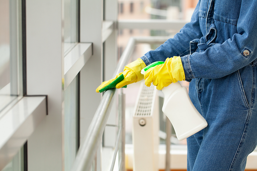 Building cleans professionals while working